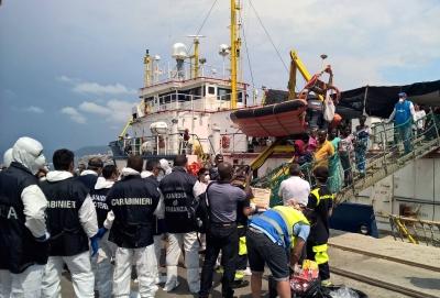 Centri per migranti di Briatico, sospette infiltrazioni dei clan di Vibo e Reggio