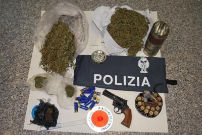 Droga e munizioni, in manette un 19enne di Mileto