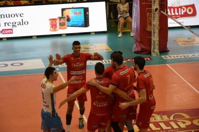 Volley   SuperLega, la Tonno Callipo cede solo al tie-break contro la Sir Safety Conad Perugia