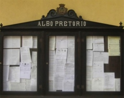 La solitudine dell'albo pretorio