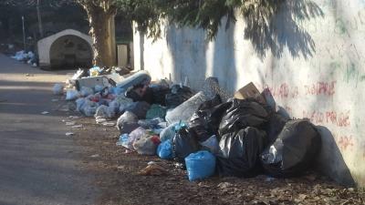 Serra, l'azienda che gestiva il trasporto dei rifiuti se ne va. Torna il caos sul territorio comunale