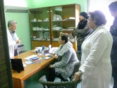 La deputata del M5S Dalila Nesci in visita all'ospedale San Bruno