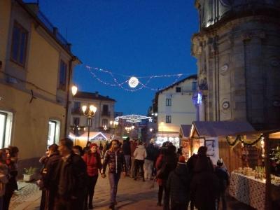 Serra, il mercatino di Natale è già un successo