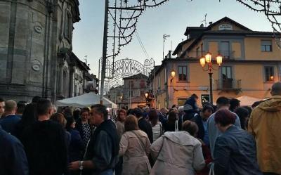 Serra, città invasa dai turisti per la terza edizione della 'Festa del fungo'
