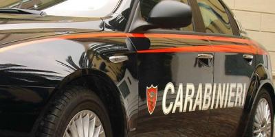 Armi e droga scoperte a Cassari, deferite tre persone