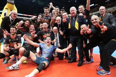 Volley, alla Tonno Callipo la coppa Italia di serie A2: giallorossi nella storia