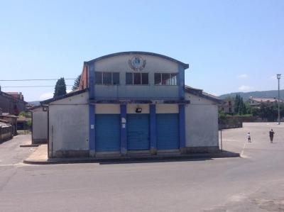 Serra, il Comune mette in vendita gli immobili del 'Paese Albergo' e l'ex 'Mercato coperto'